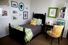 Aqua, yellow, bright green, black and white on a soft gray background. And those fantastic patterns on the bedding. Lovely! Via 71Toes.com