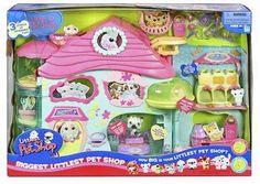 Hasbro Biggest Littlest Pet Shop Playset Pamper your little pet friends in this ultimate pet shop playset. Lps Littlest Pet Shop, Little Pet Shop Toys, Pet Shop Boys, Little Pets, Lps Houses, Pet Names For Boyfriend, Pet Quotes Dog, Lps Sets, Lps Accessories