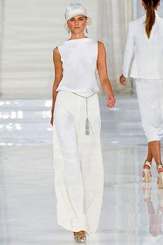 traje de novia con distincin parisina y mucho glamour en blanco hielo coleccion ralph lauren