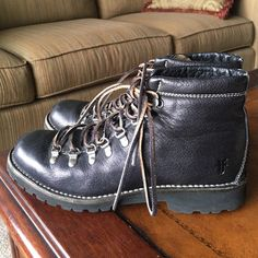 FRYE Archie Hiker Ankle Boot Black leather. Rubber sole. Frye Shoes