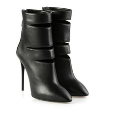 GIUSEPPE ZANOTTI Olinda cut-out ankle boots ($636) ❤ liked on Polyvore featuring shoes, boots, ankle booties, black, black cut out boots, pointed toe booties, black bootie boots, cutout booties and black cut-out booties