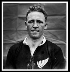 #rugby history Born today 02/04 in 1899 : Jock Richardson (New Zealand) played v Wales in 1924      http://www.ticketsrugby.com/rugby-tickets/games/Wales-New-Zealand-rugby-tickets.php