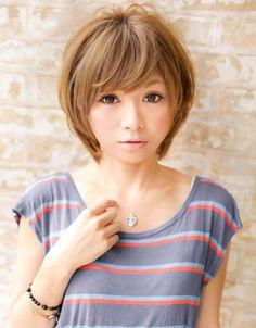 前髪&顔周りでみせる小顔ショートカットの画像(1) | 銀座の美容室 AFLOAT JAPANのヘアスタイル | Rasysa(らしさ)