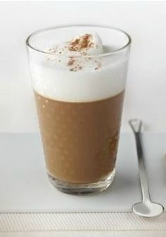 The combination of cocoa, cinnamon, and nutmeg in this coffee recipe is sure to entice your taste buds. You'll find yourself falling more in love with this coffee creation with each sip. Relax and enjoy this homemade Iced Cappuccino recipe from Nespresso.