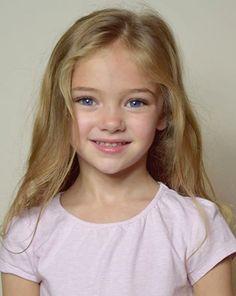 She looks like a Disney princess ♡ Little Girl Models, Child Models, Cute Young Girl, Cute Little Girls, Pretty Kids, Pretty People, Beautiful Children, Beautiful Babies, Cute Kids Pics