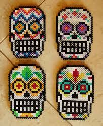 Sugar Skull Perler. I wish I knew how to make this sort of art! It looks so cool and 8bit ^^
