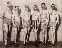 Beefcake Swimwear: a visual scrapbook of vintage men's beachwear Mode Vintage, Vintage Men, Retro Vintage, Funny Vintage, Vintage Bathing Suits, Vintage Swimsuits, Monokini, Vintage Photographs, Vintage Photos
