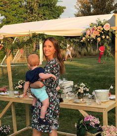 """8,402 Me gusta, 31 comentarios - Helen Lindes Griffiths (@helenlindesgrif) en Instagram: """"Vaya cumpleaños más bonito... #Francesca cumple hoy un añito y Alan no quería perderse la fiesta...…"""""""