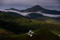 Photo issue d'un shooting réalisé en juin 2016 dans le Pays Basque au dessus d'Itxassou pour les Transports P. MENDY.  Le site web des Transports P. MENDY a été réalisé par www.cvgmedia.fr