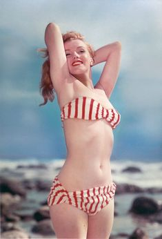 Joven Marilyn Monroe, Young Marilyn Monroe, Norma Jean Marilyn Monroe, Marilyn Monroe Photos, Brigitte Bardot, Vintage Hollywood, Classic Hollywood, Rare Photos, Vintage Photos