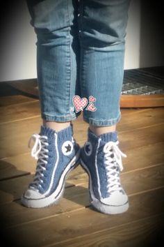 Reaverse  Star Edition  converse slipper socks DIY Pattern by Reaverse on Etsy https://www.etsy.com/listing/234562488/reaverse-star-edition-converse-slipper