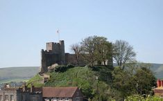 9 Unusual Wedding Venues For A Unique Day - Lewes Castle Unusual Wedding Venues, Quirky Wedding, Lewes Castle, East Sussex, Willis Tower, Monument Valley, Countryside, House Styles, Day