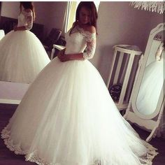 Vintage Wedding Dresses,long sleeves Wedding Gowns,ball gowns Wedding dress
