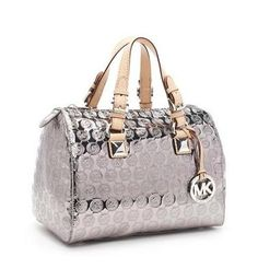 a684cf33298b Shop tote bags here with discount price you never met before. Welcome! #bag  #michael #kors | MK Bags | Pinterest | Handbags michael kors, Michael kors  a ...