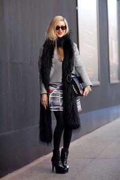 Ohhh a print skirt is the perfect addition to any wardrobe! Think about all the solid colored sweaters you can throw over the top.