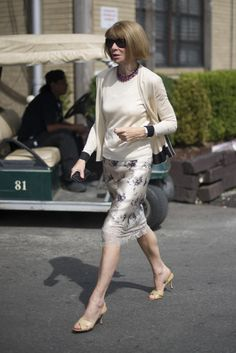 Anna Wintour wearing a Louis Vuitton Fall/Winter 13-14 floral skirt on the streets of NYC. (Courtesy of Getty/ Timur Emek, via http://www.fabsugar.com)