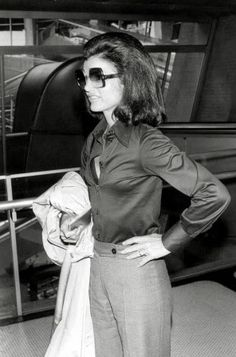 Jackie Kennedy set the style with her fashion accessories - look at those glasses www.fashionaccessoryshop.com #fashion