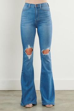 Britney Denim – TheLand Boutique Flare Jeans Outfit, Denim Flare Jeans, Denim Flares, Boho Womens Clothing, Swoon Boutique, Fiesta Outfit, Western Jeans, Jeans For Short Women, Short Outfits