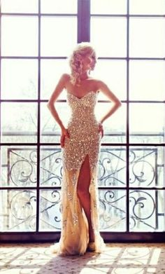 Sexy Sparkly Prom Dresses 2015 Sweetheart Sequined Side Slit Sweep Train Mermaid Evening Gowns. side slit prom dresses, sparkly evening dresses, sweetheart prom gowns, popular long evening dresses