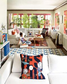 Amazing Home Full of Energy and Color