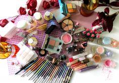 A Look Inside @Rose & Lea Lise Watier Makeup Collection...
