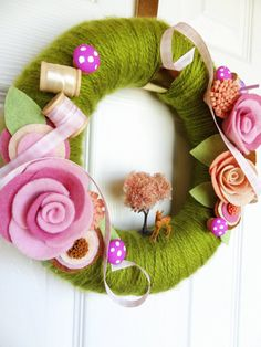 Items similar to Meadow Threads Yarn Wreath - The Original Felt Yarn Wreath Handmade on Etsy Wreath Crafts, Diy Wreath, Felt Crafts, Burlap Wreath, Diy And Crafts, Felt Flower Wreaths, Felt Flowers, Fabric Flowers, Yarn Wreaths