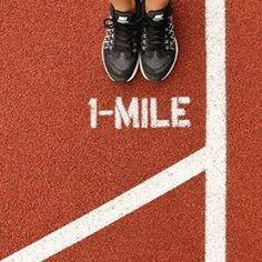 """БЫСТРАЯ МИЛЯ  Беги завтра быстрее чем сегодня. Пробеги свою самую запоминающуюся милю с программой тренировок """"Быстрая миля"""". Каждый день превосходи свои вчерашние результаты и получай за это награды. Покажи на что ты способен в самый быстрый день года 30 августа. Ты готов нереально разогнаться? В программе Найди свою скорость участвуют самые быстрые атлеты такие как Кобе Брайант (баскетбол) Шелли-Энн Фрэйзер-Прайс (бег) и Мо Фарах (бег). В рамках кампании Nike призывает бегунов во всем мире…"""