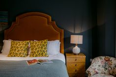 The Rose — Boutique Hotel in Kent Relaxing Colors, Soothing Colors, Warm Colors, Space Interiors, Dark Interiors, Relaxation Room, Dark Walls, Dream Bedroom, Color Inspiration
