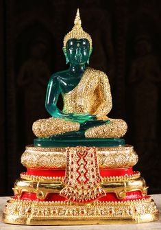 Check out the deal on SOLD Thai Emerald Buddha Rainy Season Statue at Hindu Gods & Buddha Statues Buddha Buddhism, Buddha Art, Buddhist Monk, Buddha Life, Budha Statue, Thai Buddha Statue, Buddha Background, Becoming A Buddhist, Lotus Sculpture