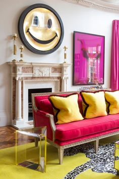 Living Room in Chelsea by Samantha Todhunter Design Ltd. Art Deco Living Room, Living Room Colors, Living Room Designs, Living Rooms, Family Rooms, Contemporary Interior Design, Luxury Interior Design, Best Interior, Modern Contemporary