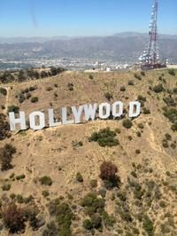 Los Angeles Sightseeing Tour by Helicopter with Mountaintop Landing and Champagne Toast