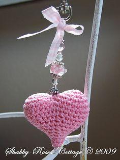 Crocheted Heart by *ShabbyRosesCottage*, Crochet Diy, Love Crochet, Crochet Gifts, Crochet Flowers, Crochet Hearts, Crochet Owls, Crochet Animals, Crochet Keychain, Crochet Earrings