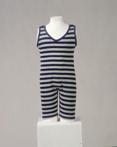 Männerbadeanzug (Männer, Oberkleidung, Badeanzug)  Inventarnummer: T7624 Datierung: um 1920 Ort: Deutschland (?); Material/Technik: Baumwoll...