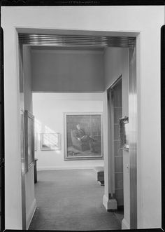 Whitney Museum of Modern Art. Vista from gallery 2 to gallery 3. Date: January 31, 1932  10 West 8th Street.