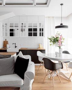 Black U0026 White, Tags Schwarz + Ikea + Wohnzimmer + Weiß + Bilderleiste +  Tv Wand + Stockholm Teppich | INTERIOR ♥ Deko | Pinterest | Ikea  Wohnzimmer, ...
