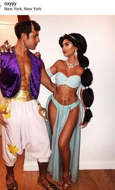 Pictures of Disney Couple costumes - Halloween - Costume Disney Couple Costumes, Unique Couple Halloween Costumes, Trendy Halloween, Disney Halloween Costumes, Halloween Outfits, Adult Halloween, Halloween Couples, Couple Costume Ideas, Sexy Couples Costumes