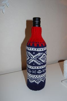 🇳🇴 Marius For a wine bottle🇳🇴 Norwegian Clothing, Norwegian Knitting, Norway, Wine, Boutique, Bottle, Crochet, Pattern, Projects