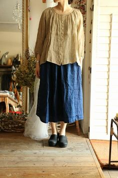 great skirt length, ADORE the blouse, I would wear this.