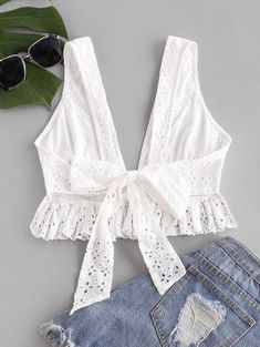 Tank TopconNudoTrasero - Blanco S Boho Summer Outfits, Chic Outfits, Pretty Outfits, Fashion Outfits, Bustiers, Baby Girl Dress Patterns, Crop Top Outfits, Indian Designer Outfits, Black Tank Tops