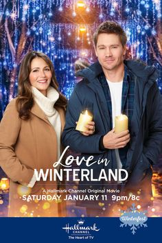 "Are Ally (Italia Ricci) and Brett (Chad Michael Murray) looking for love on a reality dating show in ""Love in Winterland""? Find out on January only on Hallmark Channel. The heart of Winter. Source by hallmarkchannel Look winter Películas Hallmark, Films Hallmark, Hallmark Channel, Family Christmas Movies, Hallmark Christmas Movies, Holiday Movie, Xmas Movies, Christmas Time, New Movies"