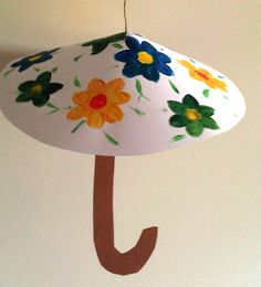 Parasol van papier (Oef wat is het warm). Autumn Crafts, Fall Crafts For Kids, Spring Crafts, Diy For Kids, Diy Cadeau Noel, Paper Plate Crafts, Infant Activities, Creative Kids, Craft Work