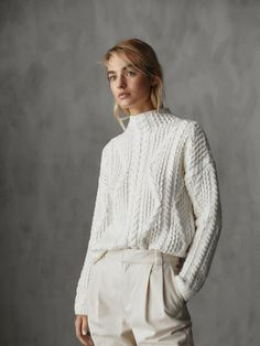 Women´s Sweaters & Cardigans at Massimo Dutti online. Enter now and view our spring summer 2017 Sweaters & Cardigans collection. Fall Sweaters, Cardigan Sweaters For Women, Cable Knit Sweaters, Cardigans For Women, Beige Outfit, France Mode, Jumpers For Women, Women's Jumpers, Pullover