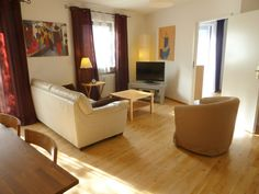 Very nice and bright, central, metro... - HomeAway Munich