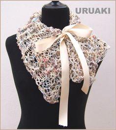 Para adornar los abrigo dándole un toque romántico, o para calentar el cuello con esta bufanda de URUAKI (ref:3203012).   Con un precioso botón nacarado para colocarla de mil maneras distintas!  Hay más fotos en  http://wp.me/p2FVSn-c5  Y más cuellos en:  http://eljardindeamlaki.wordpress.com/category/bufandas-uruaki/