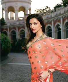 Deepika padukone in peach formal designer saree
