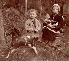 AntiquePhoto Child ´s with early Kathe Kruse Doll and Horse Cart 1925