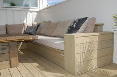 How to build outdoor furniture Outdoor Sofa, Outdoor Living, Outdoor Furniture, Outdoor Decor, Furniture Update, Woodworking Projects, Home Improvement, Backyard, Storage