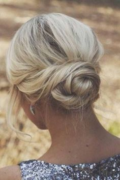 Low Blonde Bun - Hairstyles and Beauty Tips. Such a pretty style. Wedding Hair And Makeup, Hair Makeup, Hair Wedding, Hairstyle Wedding, Updo Hairstyles For Bridesmaids, Wedding Dresses, Makeup Hairstyle, Bridal Party Hairstyles, Simple Homecoming Hairstyles