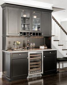 mini bar area in kitchen