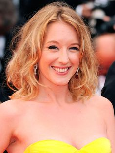 Ludivine Sagnier au Festival de Cannes 2013 Ludivine Sagnier, French Actress, Diy Hairstyles, Beautiful Women, Actresses, Easy Dinners, Hair Styles, Style Ideas, Hair